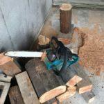 薪作りも楽しい!
